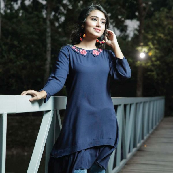 W Embroidery Tunic A